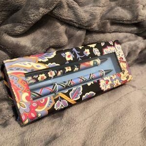 NEW! Vera Bradley Perfect Match Pen & Pencil Set💙
